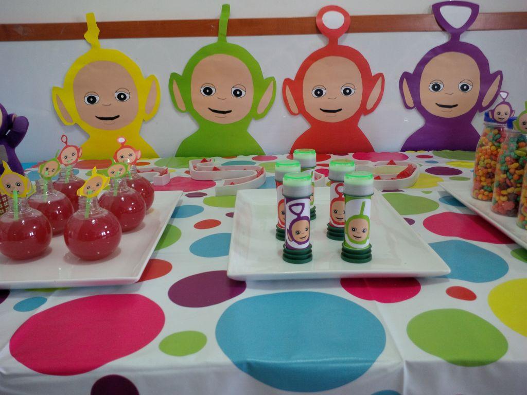 מסיבת טלטאביז צבעונית וקבצים