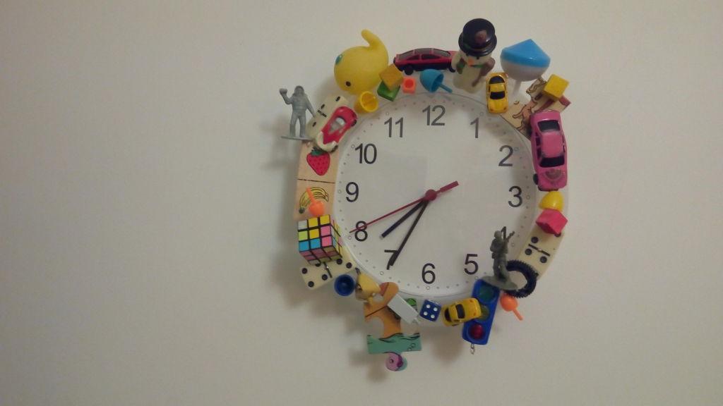 שעון צעצועים