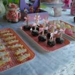 מסיבת נסיכות יום הולדת 8 לנעמה בעיצוב ומיתוג אישי