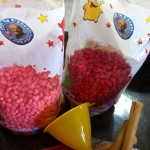 חבילה של קילו וחצי סוכריות עולה 33 שח